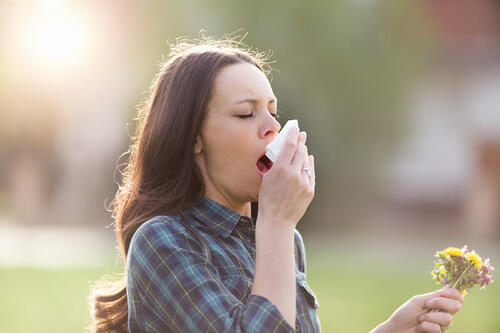 5 Natural Ways to Survive the Spring Allergy Season