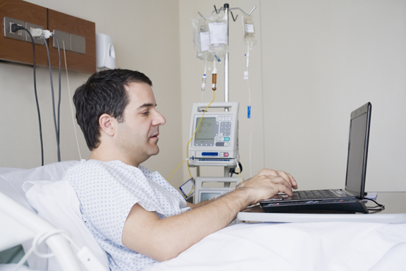 Patient_using_laptop