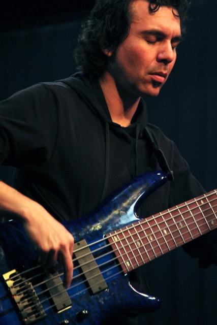 Best Bass Guitars Under 500 | Bass Music Program