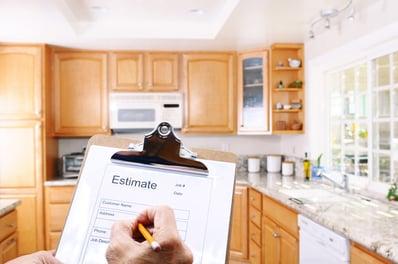 photodune-4476974-contractor-writing-estimate-xs