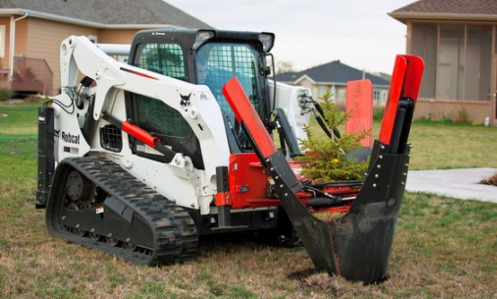 T650 Compact Track Loader with Tree Spade Flickr Photo Sharing! 1