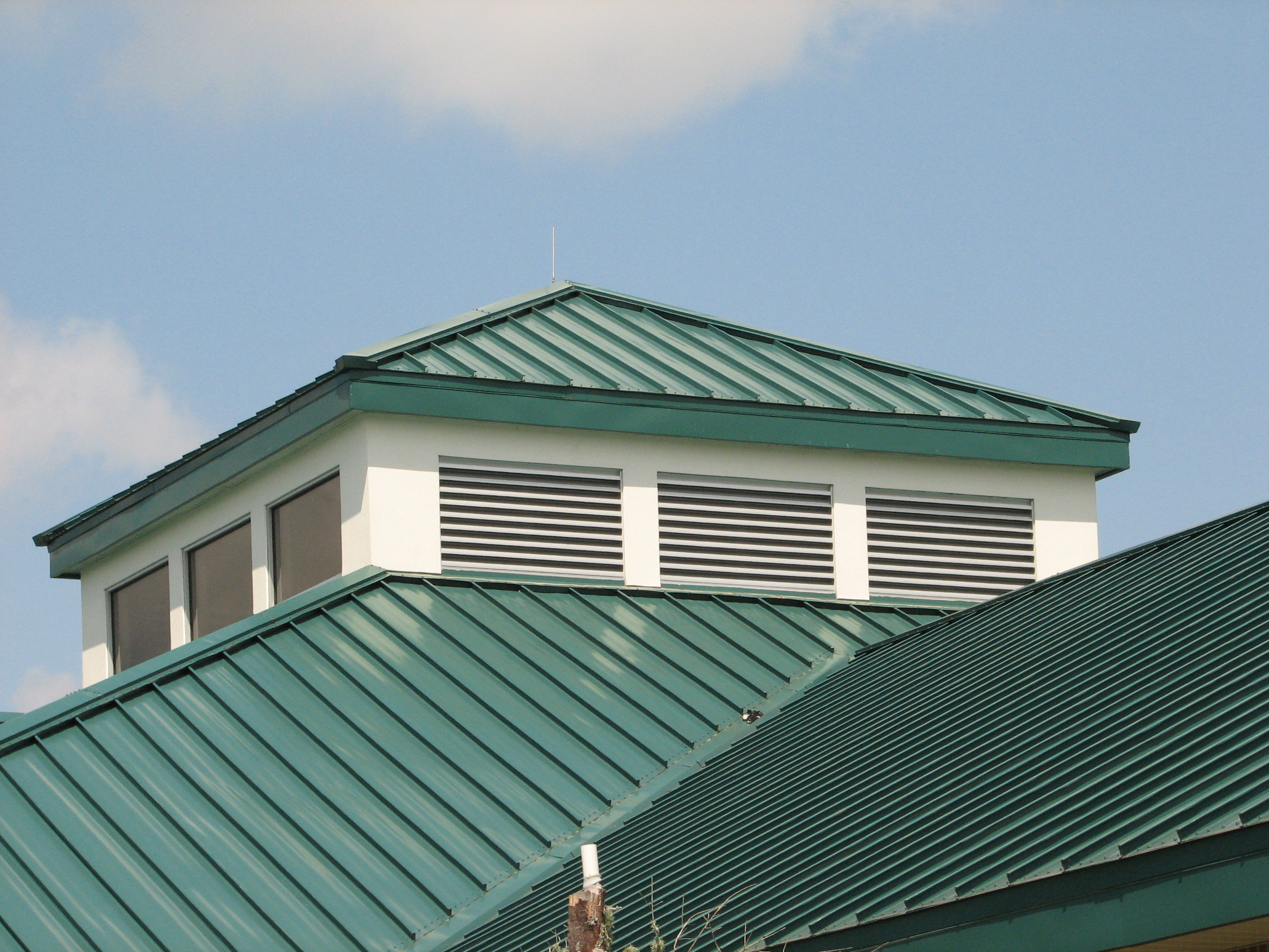 Corrugated Metal Roofing Material