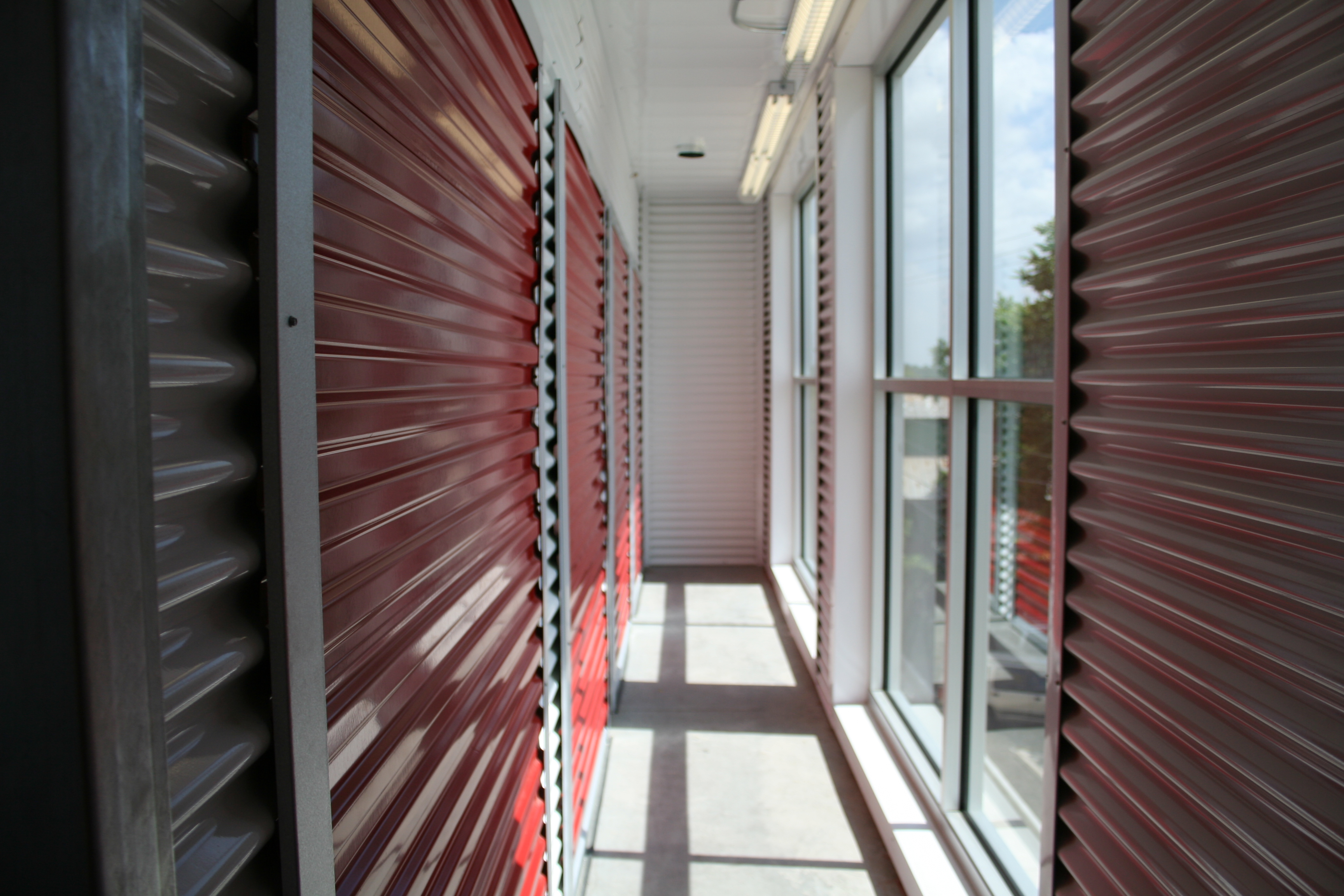Metal Panels For Walls exposed-fastener vs. concealed-fastener wall panels: which is best?