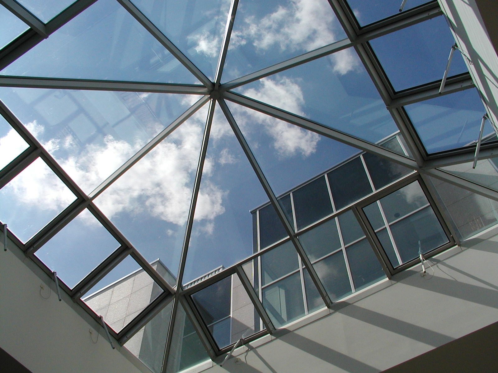 Choosing skylights for your metal building for Fenetre definition