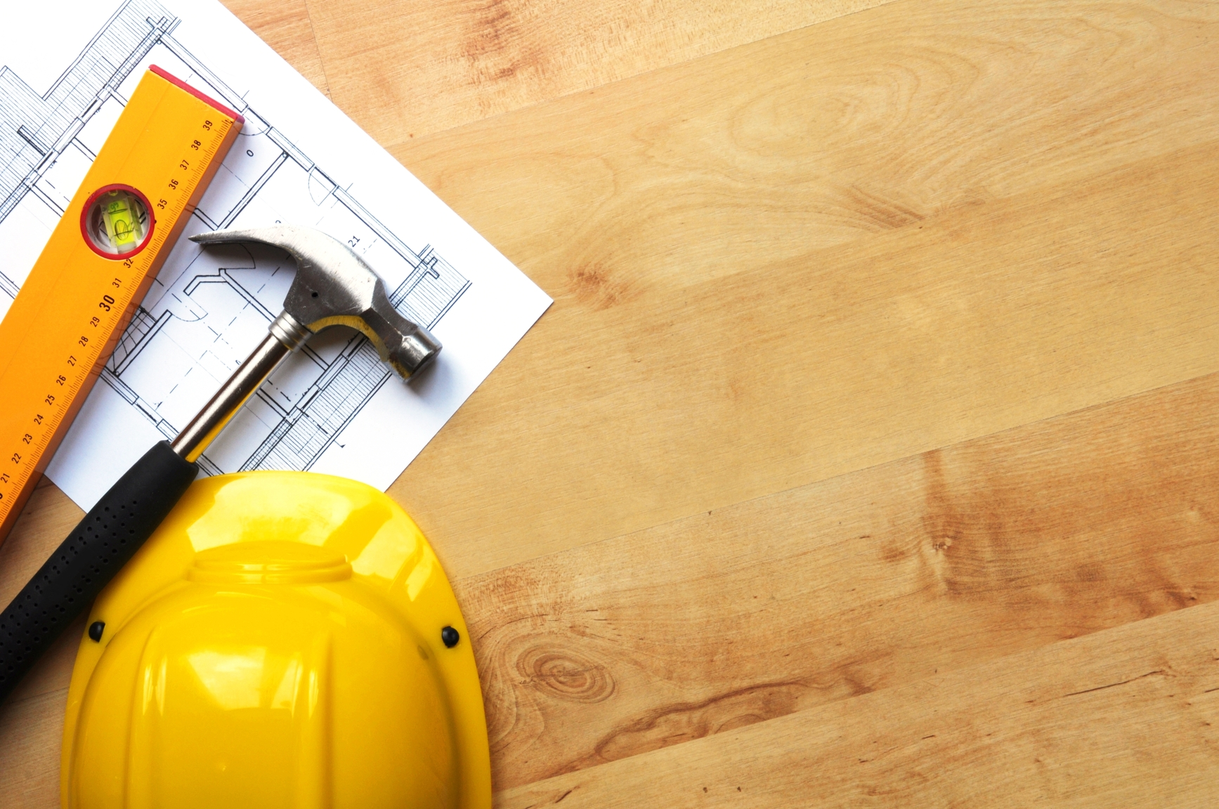 Finding and working with contractors for Home construction contract tips