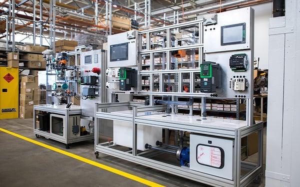 Siemens and Schneider Training Rigs800x500