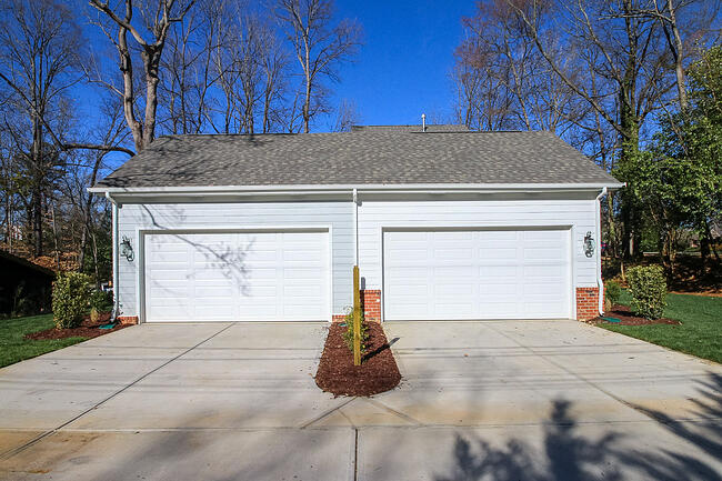 How Should I Stage my Garage?