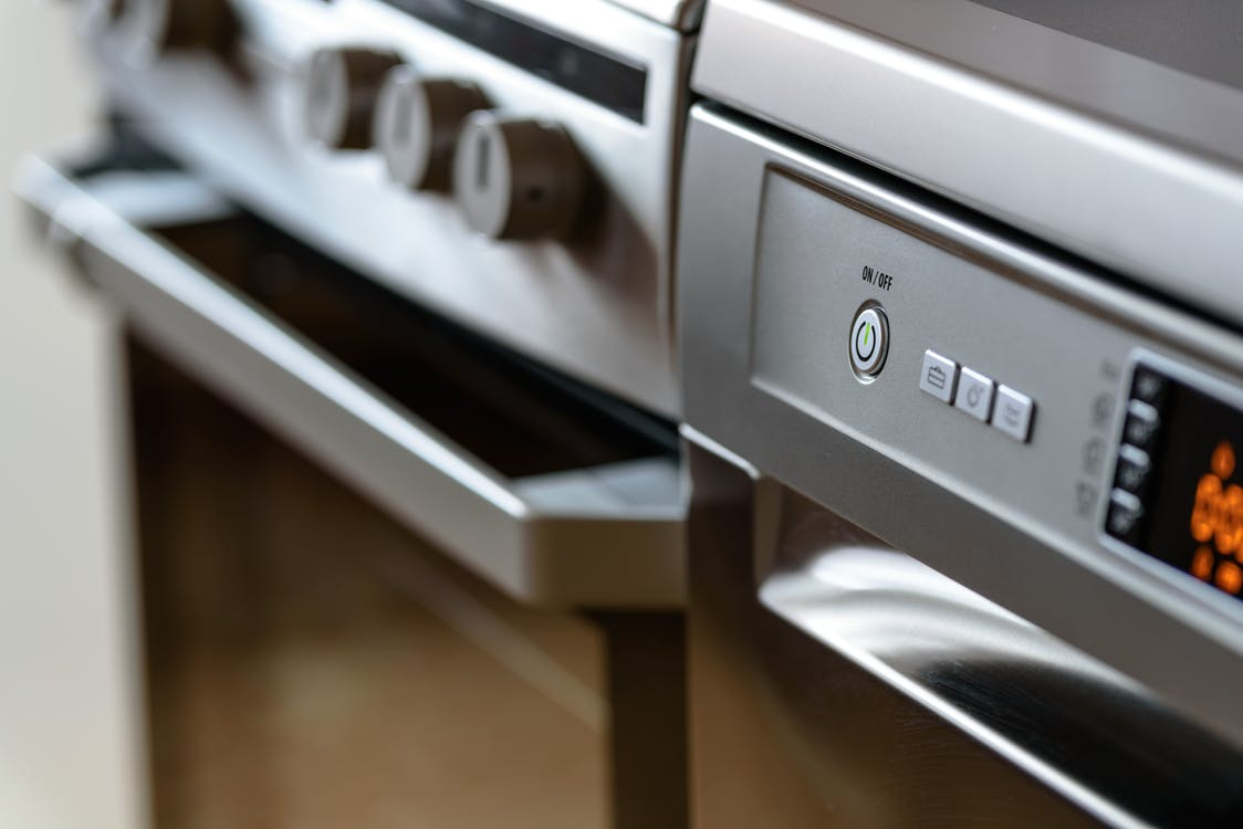 How to Stage Around: Dated Appliances