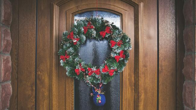 Curb Appeal for the Holidays