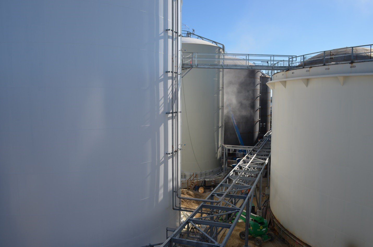 welded steel tanks, aboveground tanks, API, field erected tanks, terminal tanks