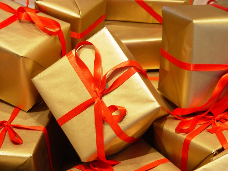 preparing your pharmacy for after the holiday season-gifts