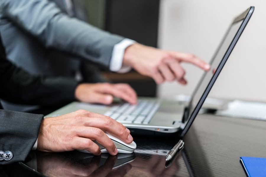 financial advisor websites performance.jpg