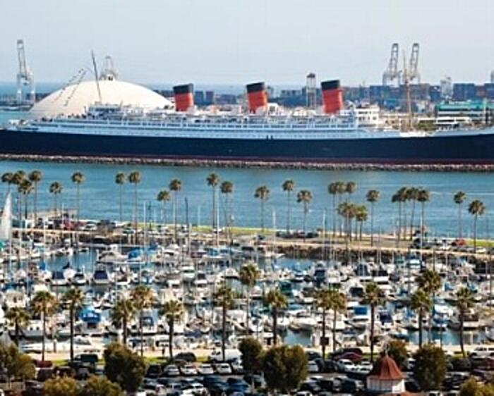 QueenMary350x281