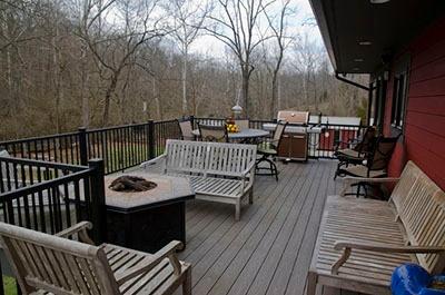 Whitney-Barn-House-400x72-1.jpg