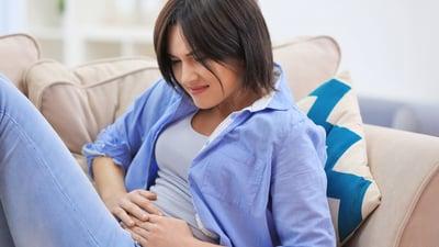 4 síntomas que podrían indicar cáncer de estómago