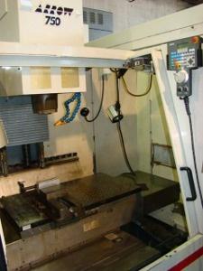 1997 Cincinnati Arrow 750 Vertical Machining Center (#1076)