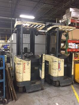 2001/2002 Nissan Electric RRN35 Forklifts (#2075)