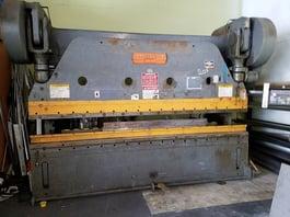 Cincinnati Series 9 225 Ton x 12' Mechanical Press Brake (#3194)