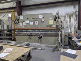 1999 Accurpress 725012 Hydraulic Press Brake (#3505)