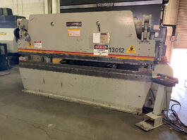 1995 Accurpress 713012 Hydraulic Press Brake (#3699)