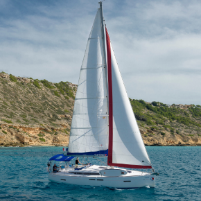 Monohulls in the Med
