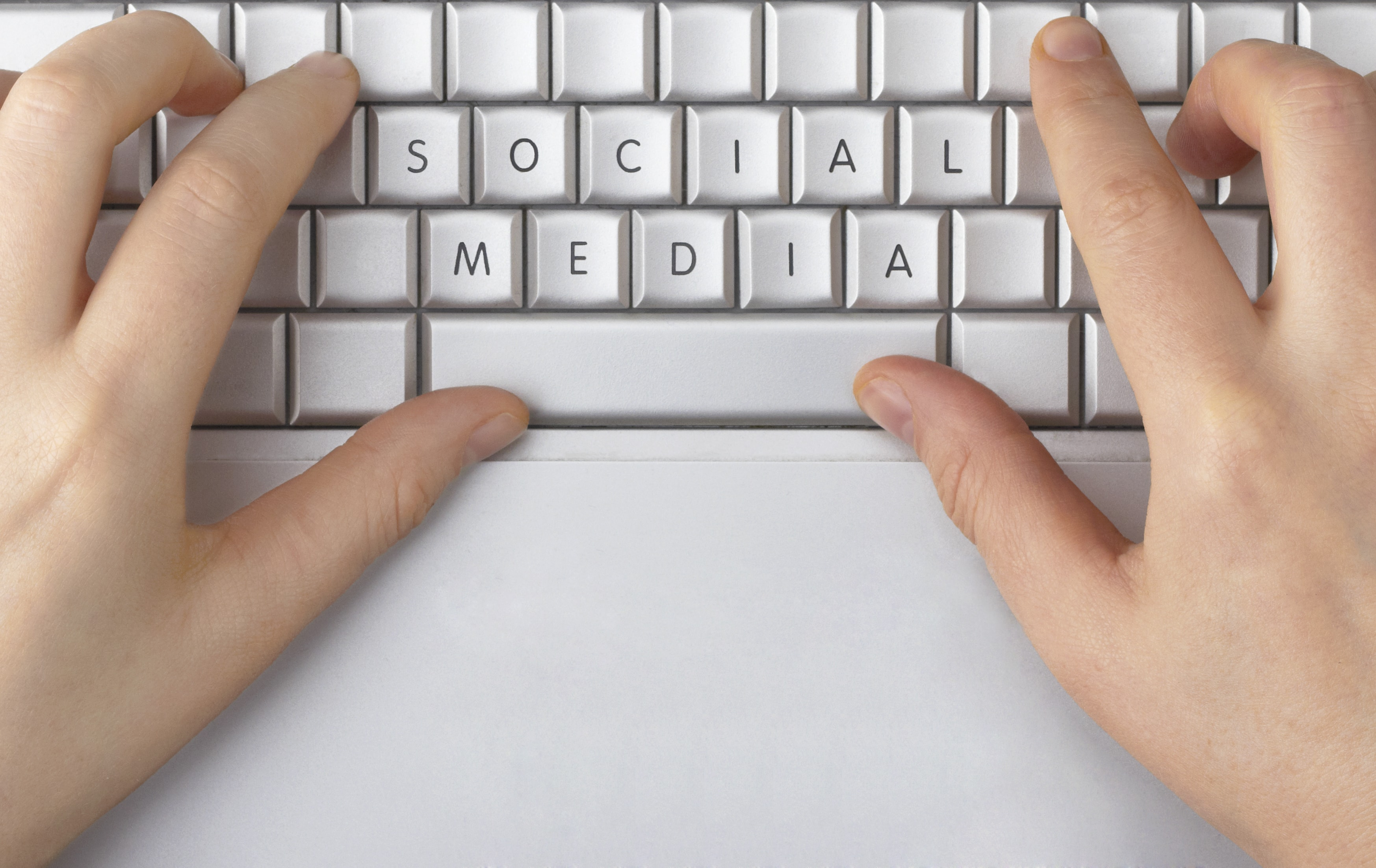 How to Select a B2B Social Media Management Tool