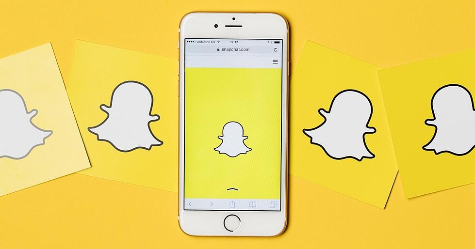 Snapchat Marketing: 7 Content Ideas to Stand out as a Brand