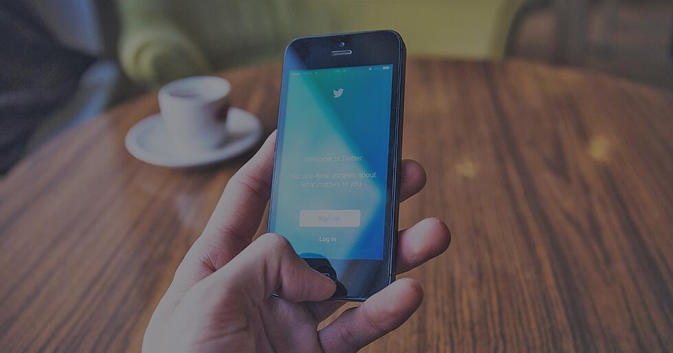 How to Automatically Retweet Another Twitter Account Using Sendible