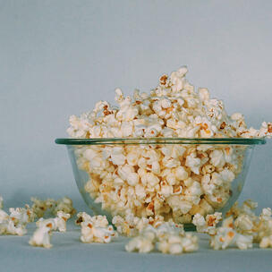 celebrate national popcorn day - photo by Georgia Vagim via unsplash