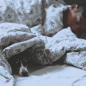 celebrate world sleep day - photo by Claudia Manas via unsplash