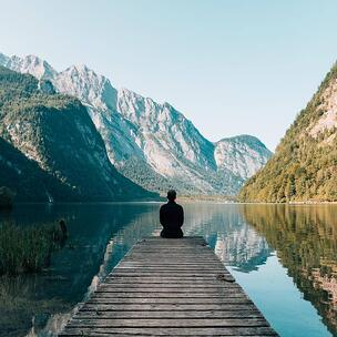 celebrate world meditation day - photo by Simon Migaj via unsplash