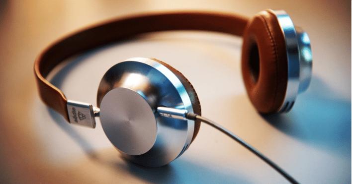 podcast headphones v2