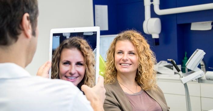 Digitalización en la clínica dental, CAD y CAM en la técnica dental: cómo simplifica la rutina el flujo de trabajo digital