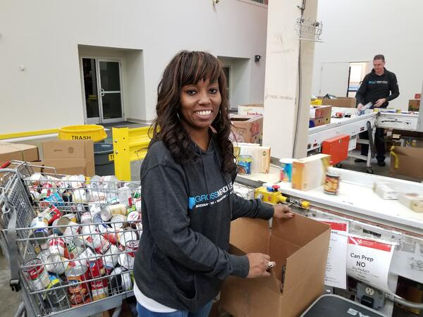 Tekoa Gamble volunteers at Maryland Food Bank
