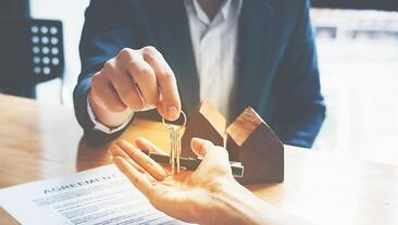 Buying An Insurance Agency's Book Of Business: Advice From Agents