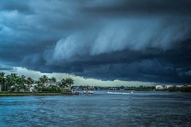 storm-407963_960_720