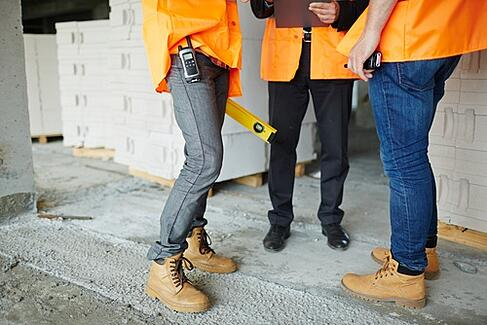 work boots workers in hi viz