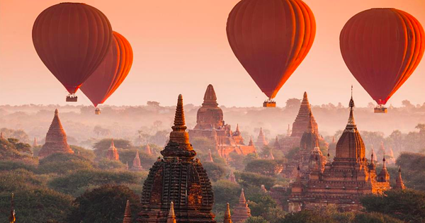 Buddhas, Balloons and deep meditation in Myanmar