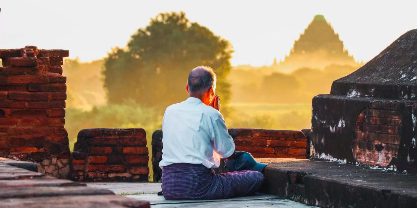 Bagan man meditation.png