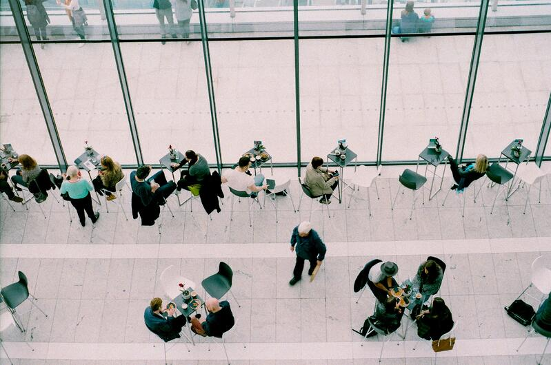 Why Old-fashioned Networking is Key to Business Growth