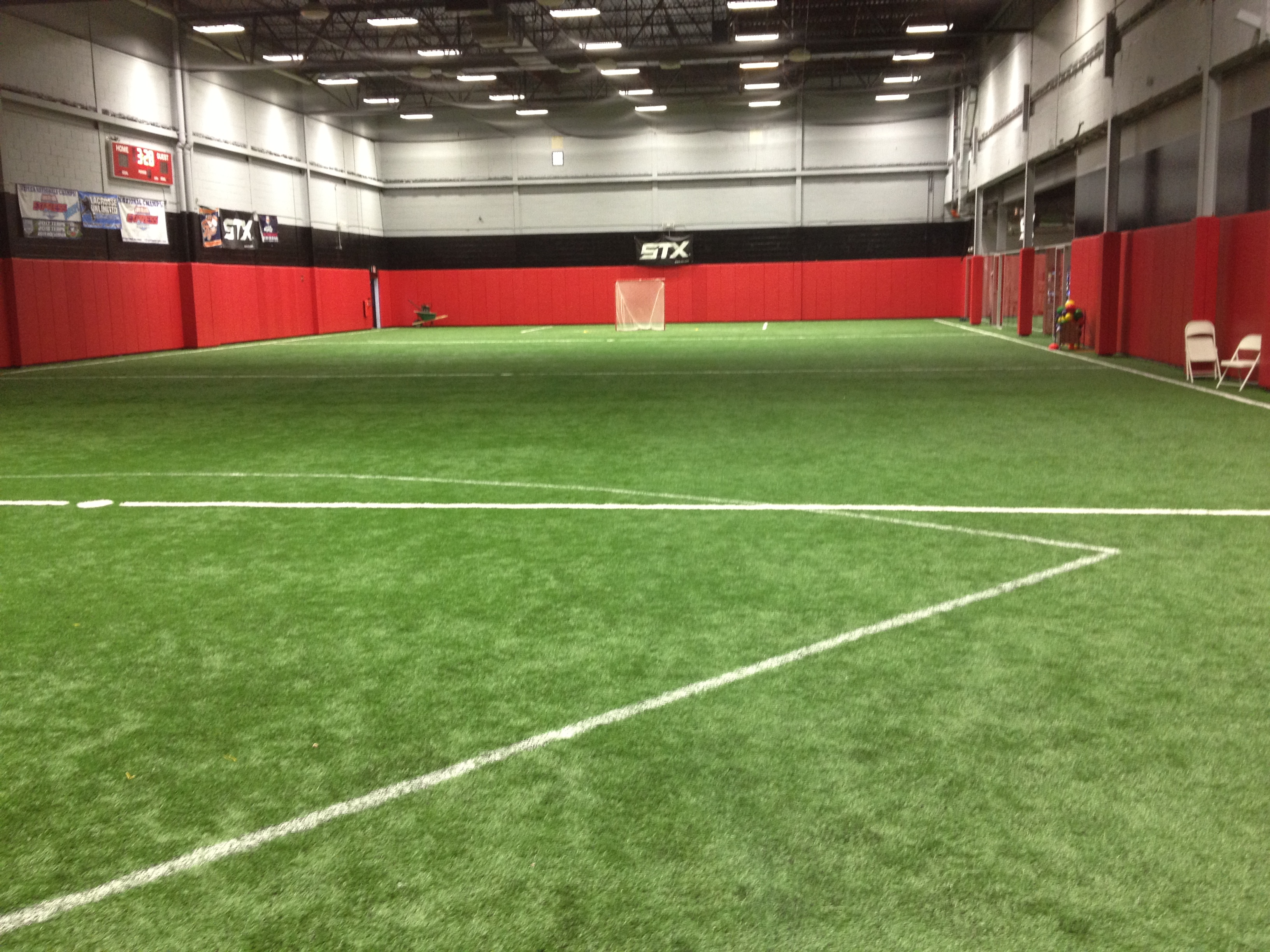indoor synthetic turf crossfit facility