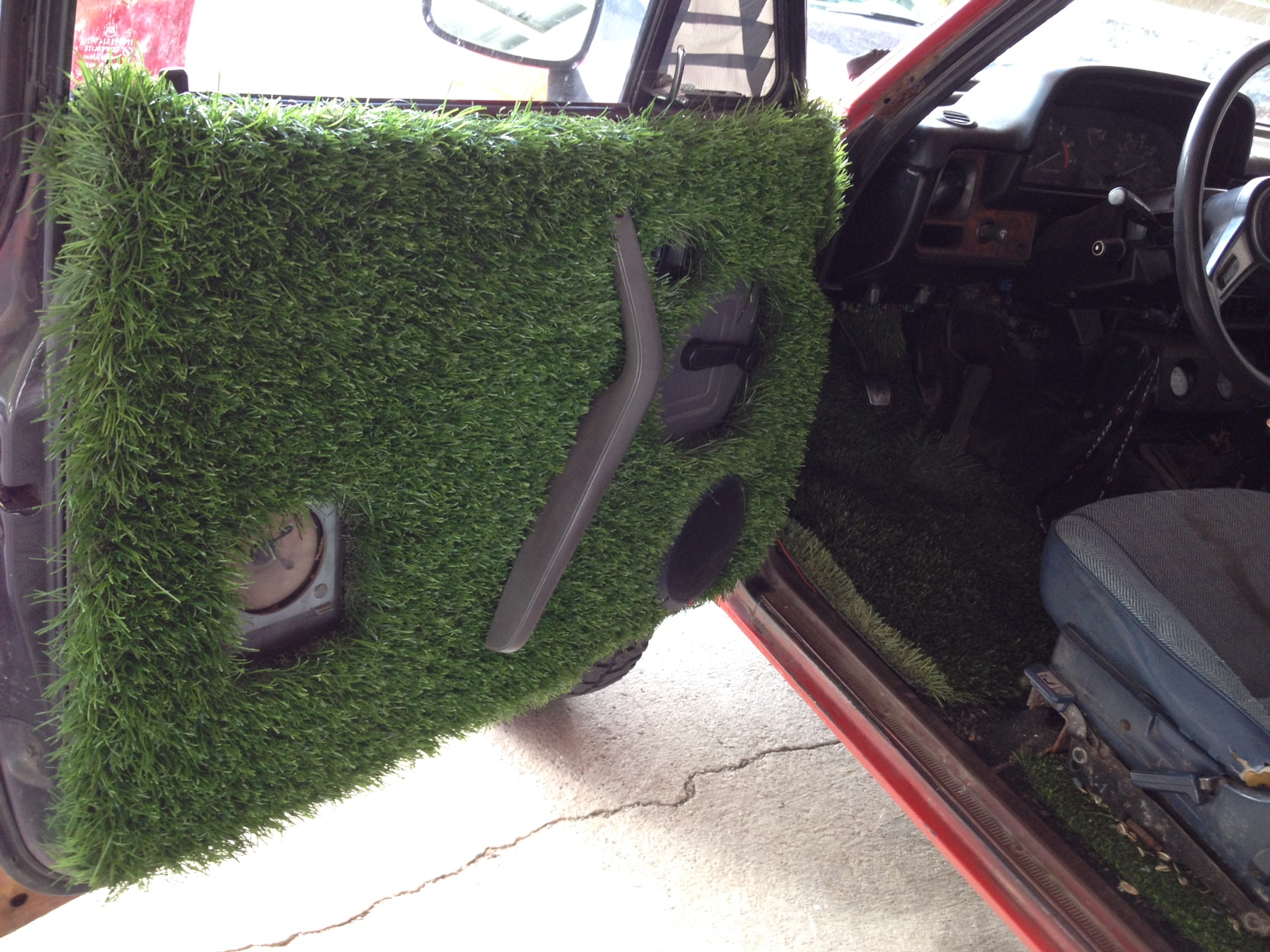 truck turf fake grass
