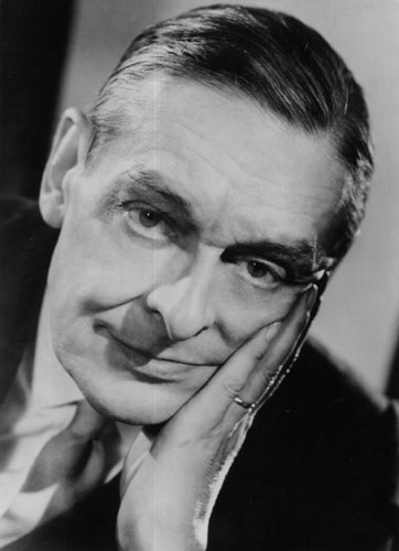 a biography of thomas stearns eliot a writer The modern that remains over time 26 september 1888 january 4, 1965 thomas stearns eliot was born in st louis, missouri (usa), 26 september 1888.
