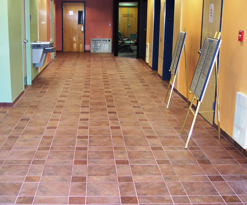 Pentucket MedicalHaverhill, MAContinental Slate - Indian Red1,000 sq. ft.
