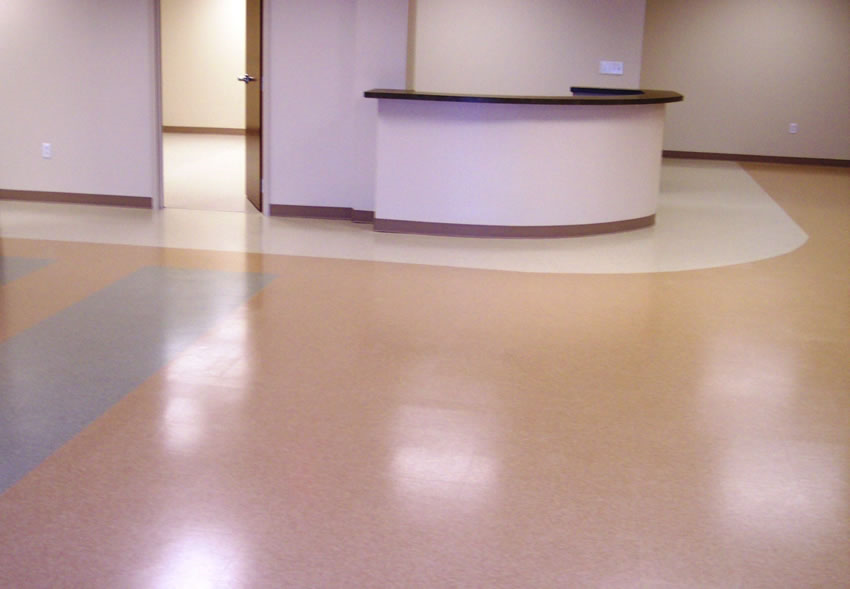 Hillside MedicalGilford, NHArmstrong VCT - Custom Patterns14,000 sq. ft.