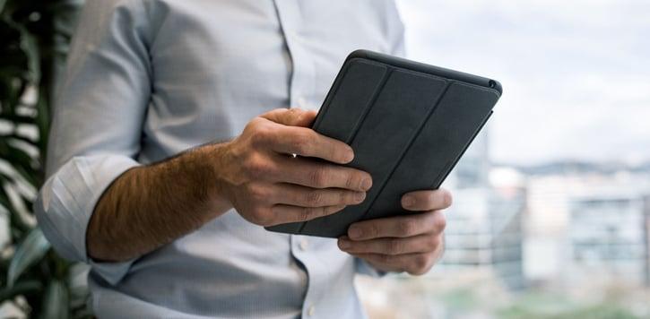 hero-tablet