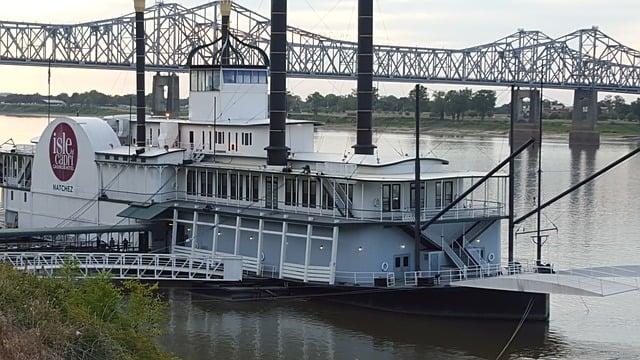 Natchez casino steamboat