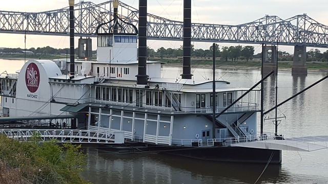Natchez casino steamboat