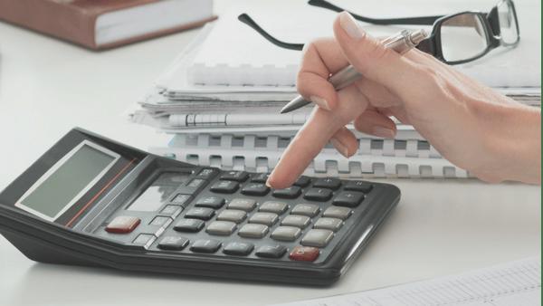 ELFI-6-Financially-Savvy-Ways-to-Use-Tax-Refund-1