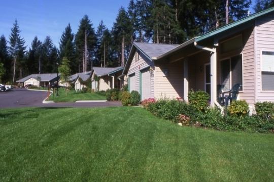 cottages-beauty-retirement-campus.jpg